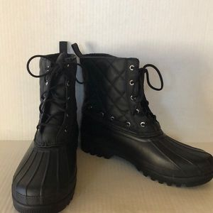 Sperry Quilted Rain Boots Size 9